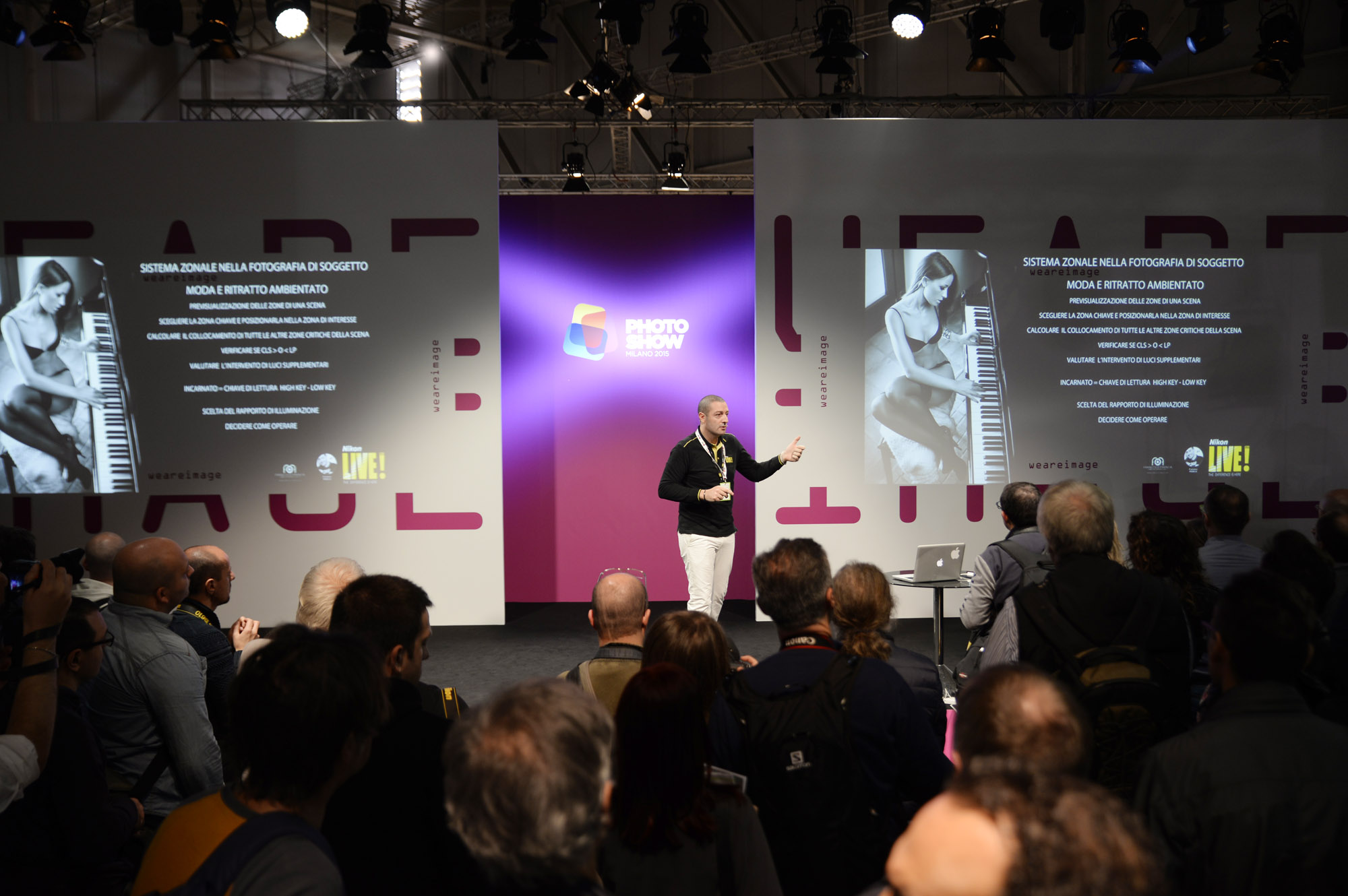 Francesco Francia master nikon school relatore al photoshow 2015 Milano domenica 25 ottobre 2015 - PLACO FASHION